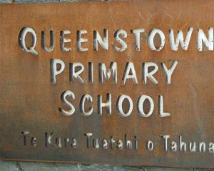 Sign at the Queenstown Primary School. Photo by ODT.