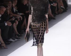 Metallic magic from Elie Tahari at New York Fashion Week. Photo Reuters.