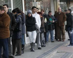 Unemployment queues could stay long this year. Photo by Reuters.