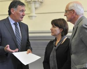 University of Otago chancellor John Ward (left) and vice-chancellor Harlene Hayne accept $3...