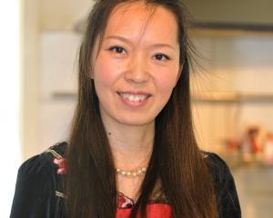Yuan Xue Moore