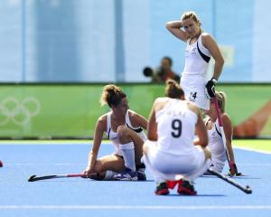 New Zealand players are left wondering where it all went wrong after losing their bronze medal match to Germany in Rio. Photo: Reuters.