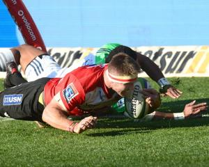 Jaco Kriel crosses to score for the Lions. Photo Getty