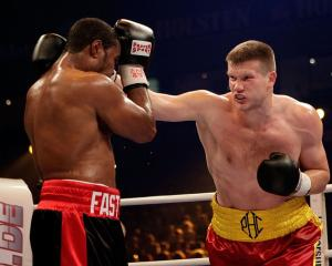 Alexander Dimitrenko throws a punch at Eddie Chambers during their 2009 fight. Photo: Getty Images