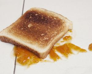 Scientists say the five-second rule is a myth. Photo: Getty