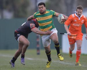 Losi Filipo on the run with ball in hand. Photo: Getty Images