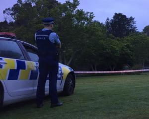 Police at the scene this morning. Photo NZ Herald