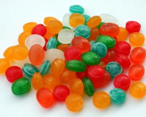 lollies_could_lead_to_later_life_violence_study_1133776431.jpg