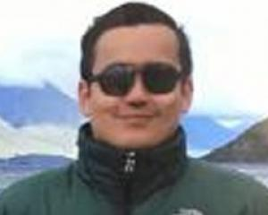 Robert Galdamez.