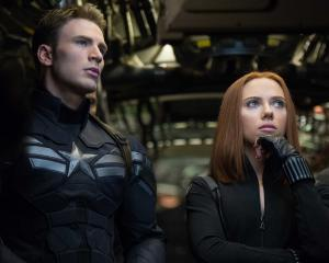 A huge list of actors have signed on to the upcoming Marvel Avengers sequel bumping up the cost...