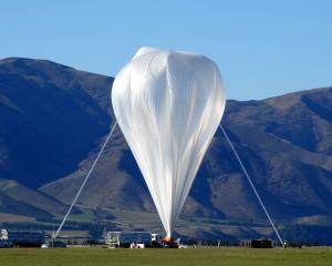 The super-pressure balloon in Wanaka last May. Photo: Mark Price.