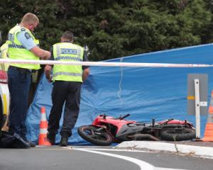 Police at the crash scene. Photo NZ Herald