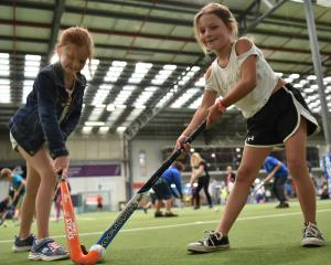 Zoe Mathewson (8) and Kate McLean (8). Photo by Gregor Richardson.