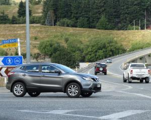 The Tucker Beach Rd intersection with State Highway 6, Queenstown. Photo: Guy Williams.