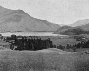 Lake Hayes, a pretty sheet of water, passed by the traveller en route from Queenstown to...