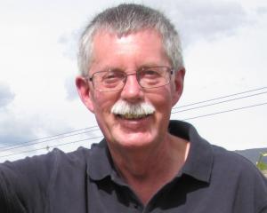 Warwick Hawker