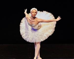 Laura Saxon Jones as the Dying Swan, one of the Tutus on Tour excerpts. Photo: Jose G. Cano