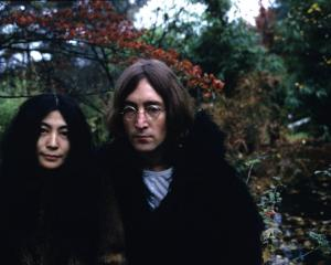 Yoko Ono and John Lennon (1940 - 1980), December 1968. Photo: Getty
