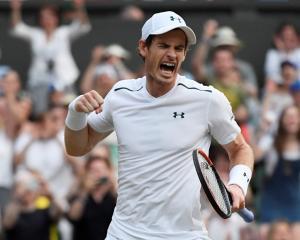 Andy Murray celebrates his win over Fabio Fognini. Photo: Reuters