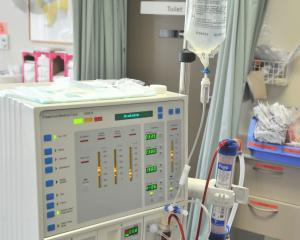 Dialysis_070213_07.JPG