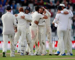 Having beaten South Africa, Faf du Plessis believes the England cricket team could win the Ashes....