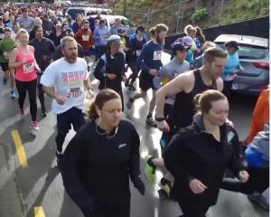 2017 Cadbury Dunedin Marathon. Screengrab: Craig Baxter