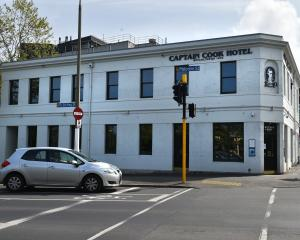 The Captain Cook Hotel has shut again. Photo: Gregor Richardson