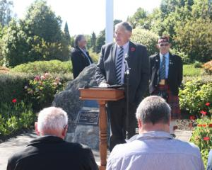 IMG 7122: Eric Roy, guest speaker of Invercargill addressing the gathering. (Left Back): Jeff...