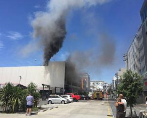 Kent St has been cordoned off due to the blaze. Photo: NZ Herald