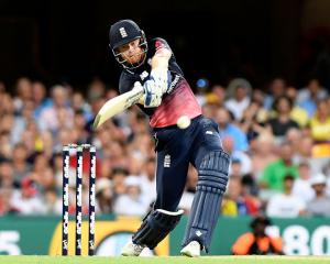 Jonny Bairstow made 60 as England chased down Australia in the second one-day international....