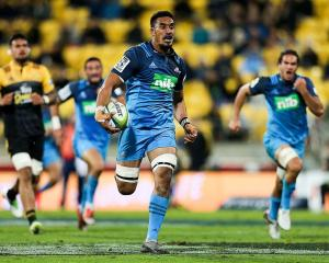 Jerome Kaino plays for the Blues last year. Photo: Getty Images