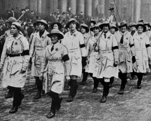 The march of the Land Girls, in white smocks,  in the Lord Mayor's parade, London. — Otago...