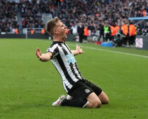 Newcastle United's Matt Ritchie celebrates scoring their first goal. Photo: Reuters