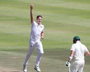 South Africa's Morne Morkel celebrates taking the wicket of Australia's Steve Smith. Photo: Reuters