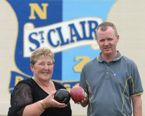 Women's champion Carolyn Crawford and men's champion Brent McEwan at the St Clair Bowling Club,...