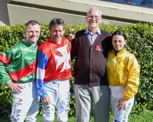 Jockeys Terry Moseley, Chris Johnson and Samantha Wynne with longtime Wingatui race day official...