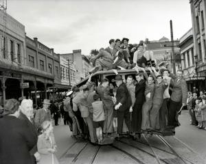 The last Roslyn cable car departing Rattray St on October 25, 1951, bound for the Kaikorai...