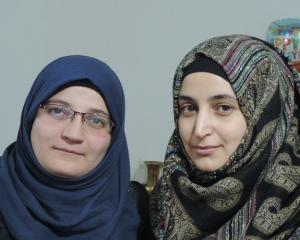 Waad Alsaid (left) and Manahel Haroura. Photo: Supplied