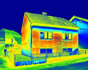 An infrared  image of a house shows its lack of thermal insulation. Photo: Getty Images