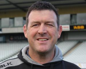 Dave Hewett.