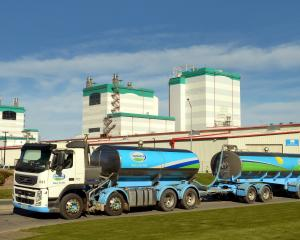 A tanker leaves the Fonterra Edendale plant in Southland. Photo: Stephen Jaquiery