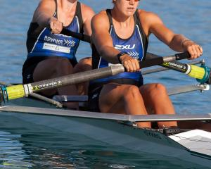 Kerri Gowler and Grace Prendergast powering through to win the Womens Premier Coxless Pair Oars...