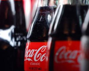 401px-Coca-Cola_bottles.jpg