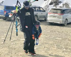 How to Dad on the Skifield