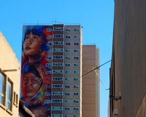 Melbourne mural is the tallest in the southern hemisphere. Photo: Twitter