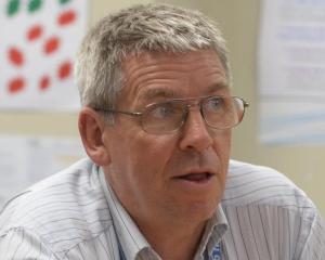 Dr Nigel Millar