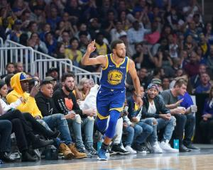 Stephen Curry is one of five elite level players on this year's Golden State Warriors roster....