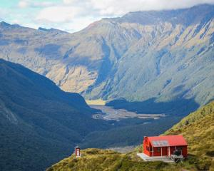 Liverpool Hut above the Matukituki Valley. Photo: Department of Conservation