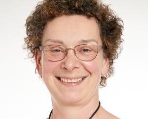 Kathryn de Luc