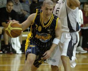 Scott O'Gallagher in action with the Nuggets during a game against the Bay Hawks in 2011. Photo:...